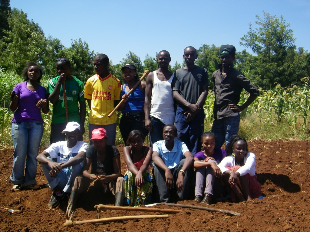The 13 Rafiki kids who volunteered for a day on the farm.